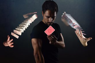 Pro shuffling cards with Miquel Roman